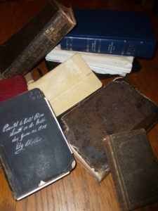 old-bibles-003